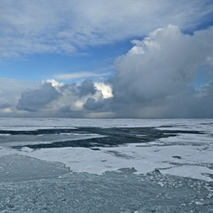 Research needed to resolve connections between Arctic warming and severe weather